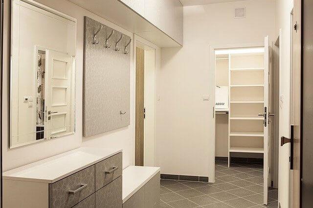 Möbel Garderobe