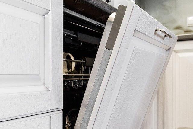 Küchengerät Geschirrspüler